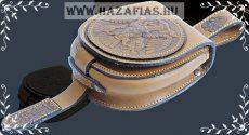 Kis méretű tarsoly Rakamazi turullal világosbarna