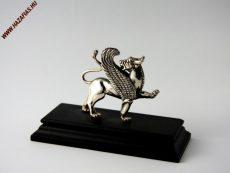 Szárnyas oroszlán szobor