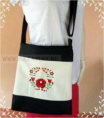 Női táska-magyaros minta