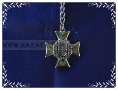 Kulcstartó-Vaskereszt-lombos címer-ezüst