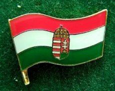 Kitűző, Magyar címeres zászló, 21 mm