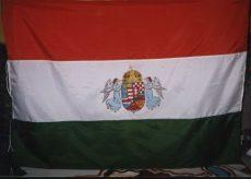 Zászló  Nemzet színű, varott, kézzel  festett Angyalos címerrel