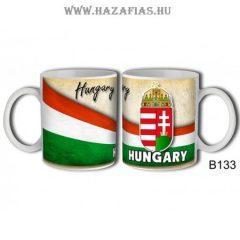 Bögre Címeres Hungary felírattal