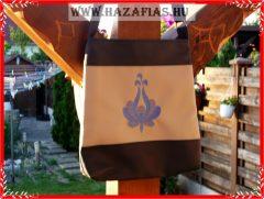 Hímzett női táska