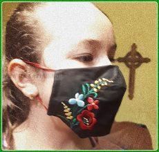 Magyaros Matyó maszk, hímzett-fekete